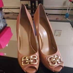 Peep toe buckle high heel